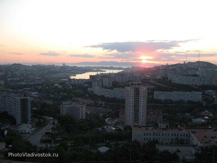 вид на Золотой рог. Закаты и рассветы. Фотографии Владивостока